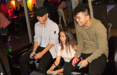 Students Playing Nintendo Switch In HUB Games