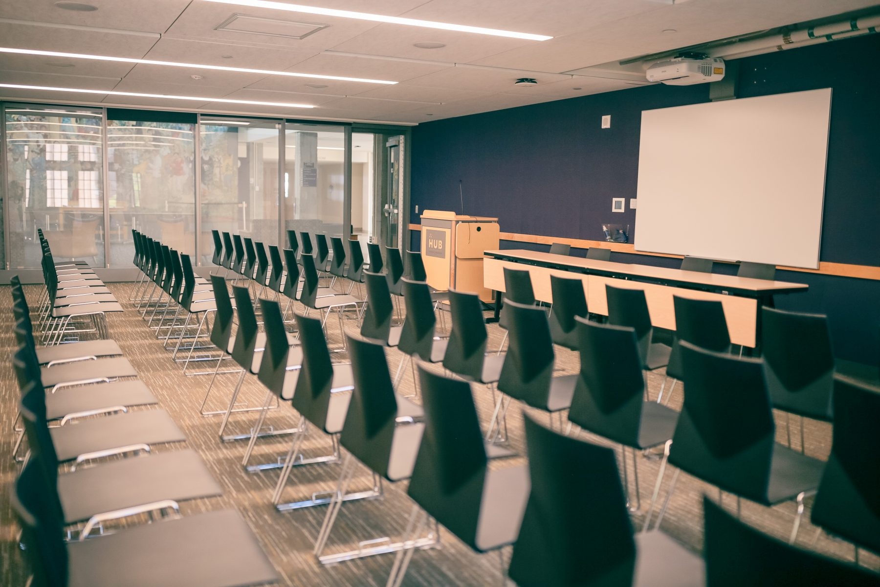 Lecture set with head tables and meeting room lectern