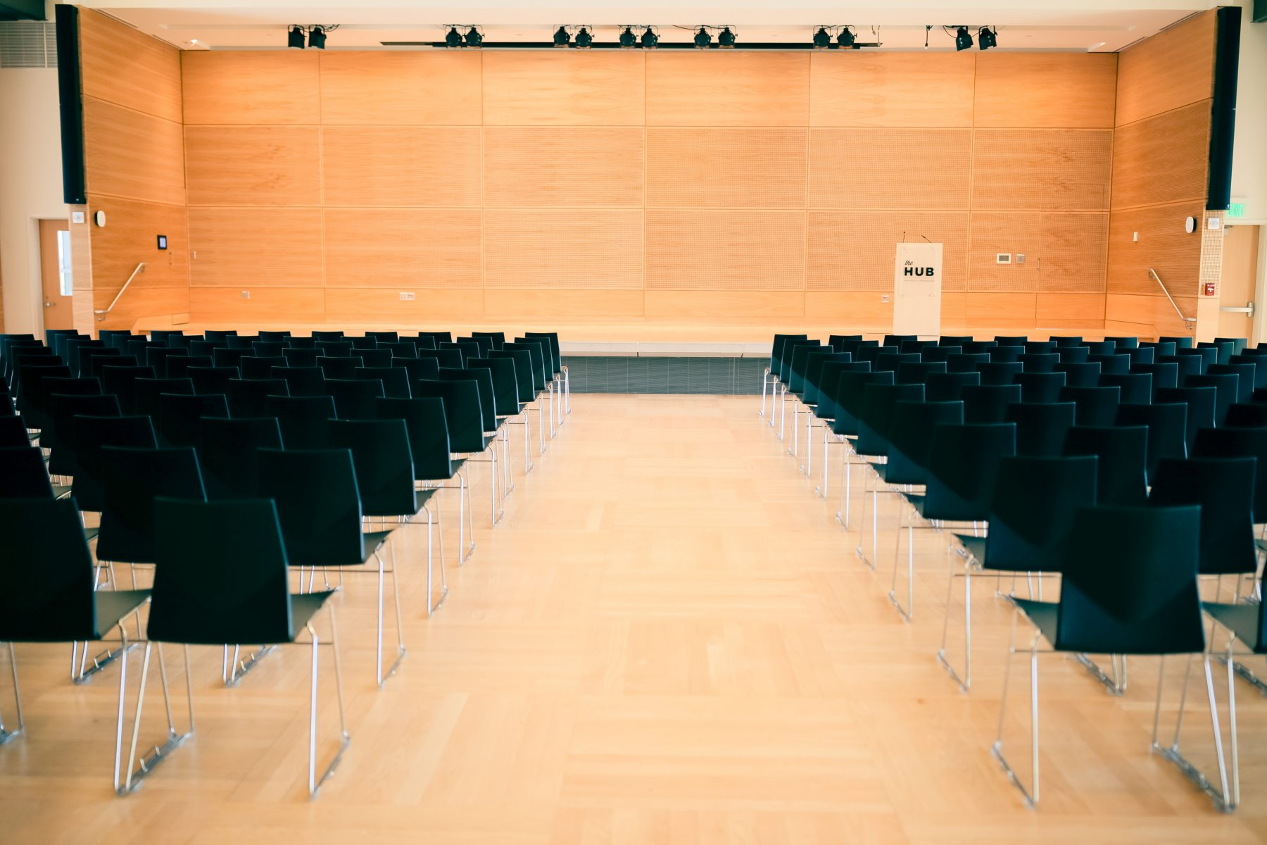 Lecture set with a lectern