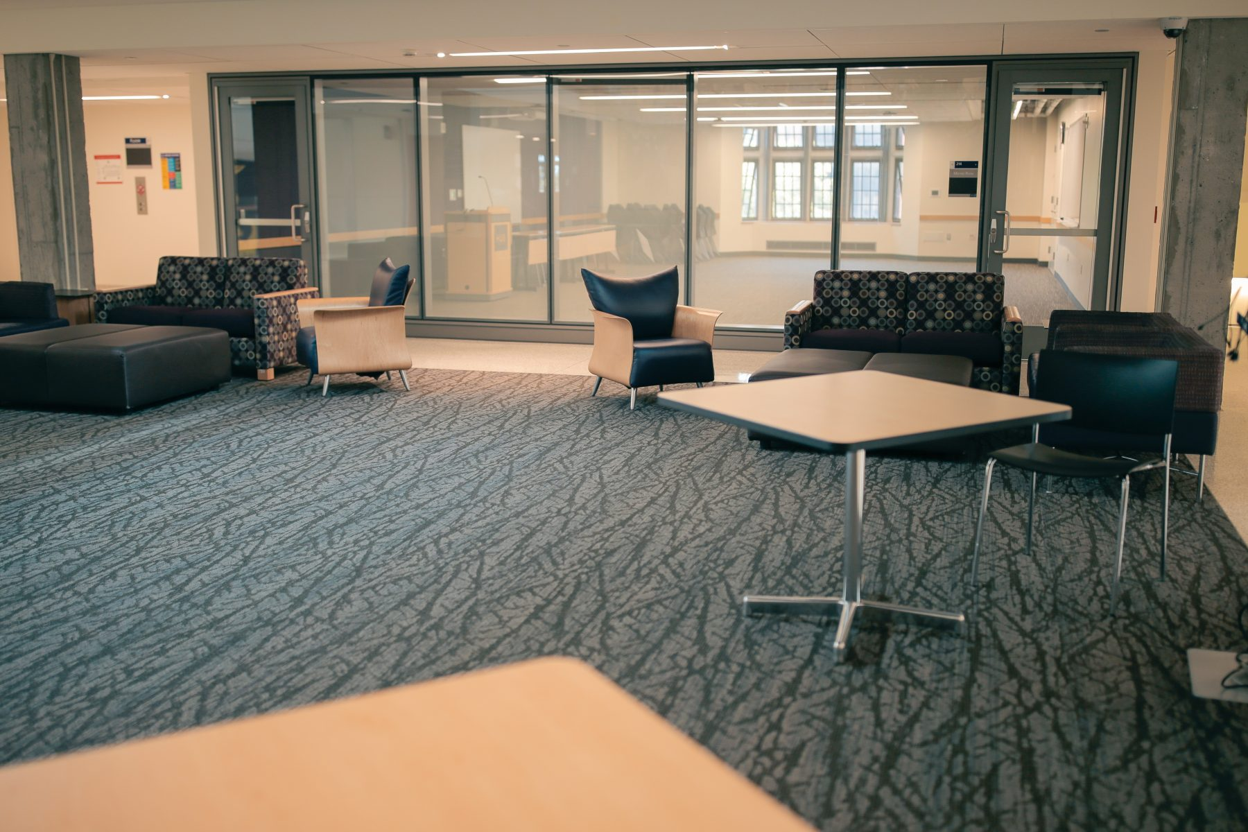 The Mural Lounge is located outside of the North Ballroom. Additional rental fees will apply.